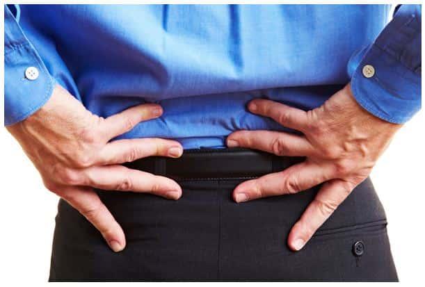 Rückenschmerzen durch zu viel sitzen.